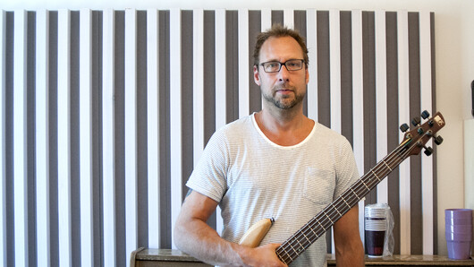 Boo Fredrik Sahlander with his bass