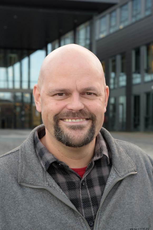 Foto Michael Rygaard Hansen, dekan på Fakultet på teknologi og realfag.