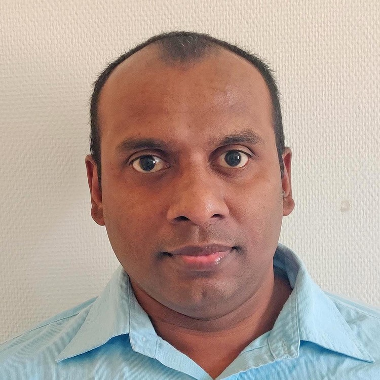 "Jagath Sri Lal Senanayaka of the Faculty of Engineering and Science has submitted his thesis ""Online Condition Monitoring of Electric Powertrains using Machine Learning and Data Fusion"" and will defend the thesis for the PhD-degree Wednesday 20 May 2020. (Photo: Private)"