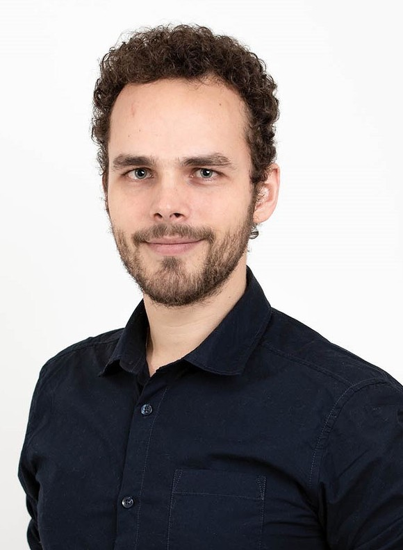 "Philipp Thomas Pasolli of the Faculty of Engineering and Science has submitted his thesis ""Hybrid modeling and control of mechatronic systems using piecewise affine dynamics approach"", and will defend the thesis for the PhD-degree Wednesday 27 May 2020. (Photo: Private)"