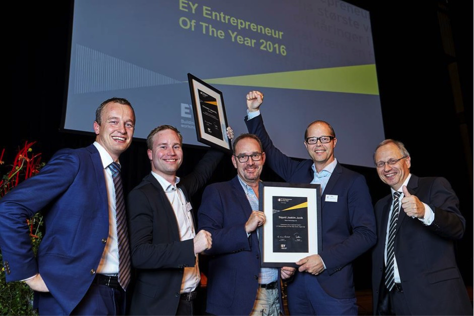 Christoffer Jørgenvåg på prisutdelingen i semifinalen av Young Entrepreneur of the Year.